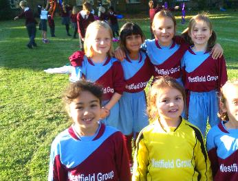 Girls football team Y3Y4